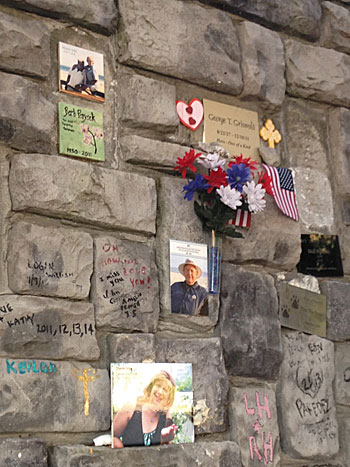 A21408MemorialWall_closeup Grief or Graffiti Times Publishing Group Inc tpgonlinedaily.com